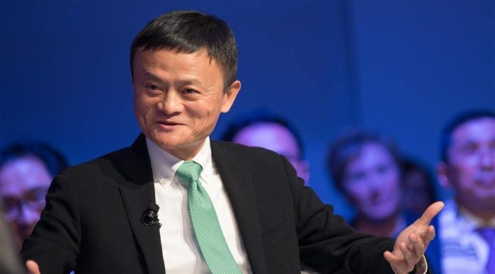 สองอภิมหาเศรษฐีจีนโผล่ให้สัมภาษณ์กลางงานการประชุมเศรษฐกิจโลก