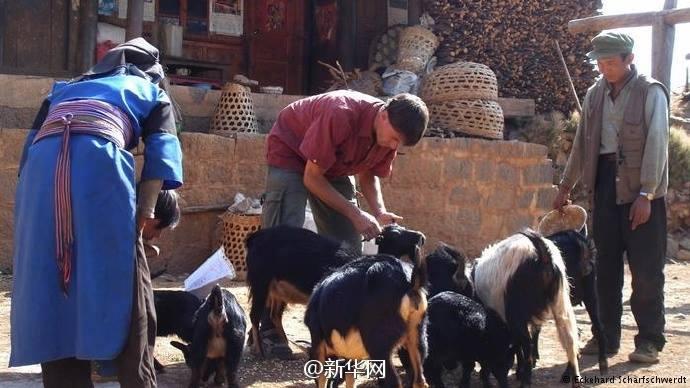 หมอเยอรมัน ทำงานช่วยเหลือคนยากจนในยูนนาน นาน 15 ปี